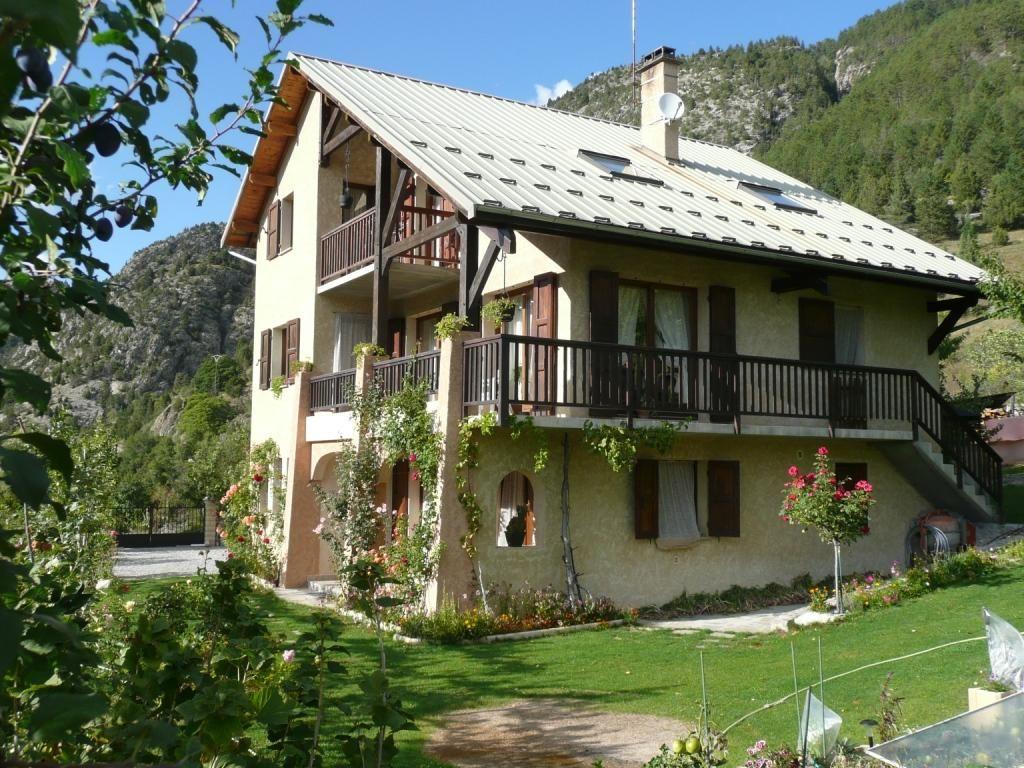 Nouvel Hébergement En France Sur Fivetrip : Rez-De-Chaussée ... avec Location Maison Avec Jardin Ile De France