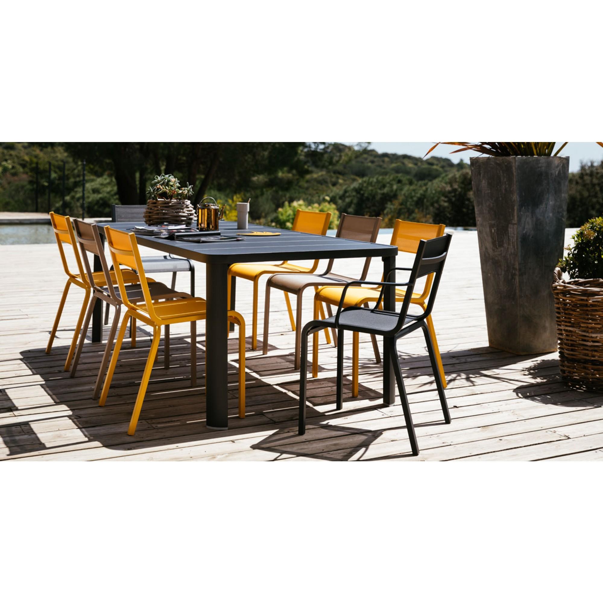 Oleron | Fixed Tables | Tables | Fermob - Masonionline concernant Table De Jardin Discount