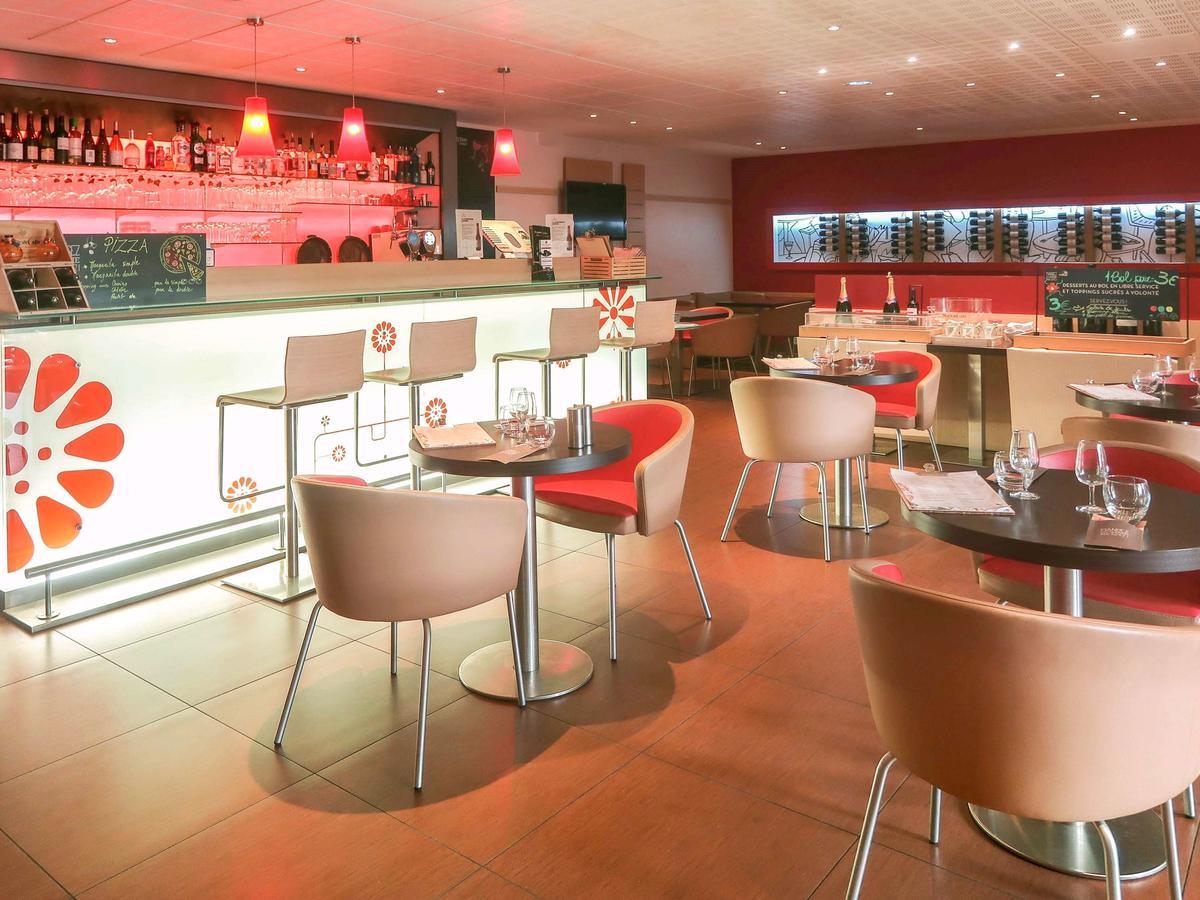 Otel Ibis Paris Montmartre 18Ème (Fransa Paris) - Booking dedans Salon De Jardin Super U