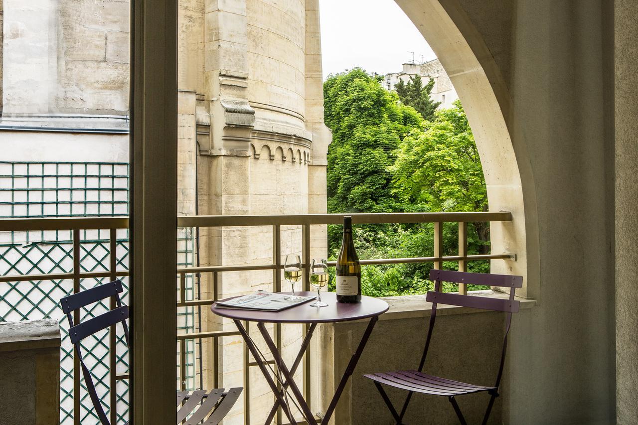 Otel Royal Garden Champs Elysées (Fransa Paris) - Booking destiné Salon De Jardin Aluminium 8 Places