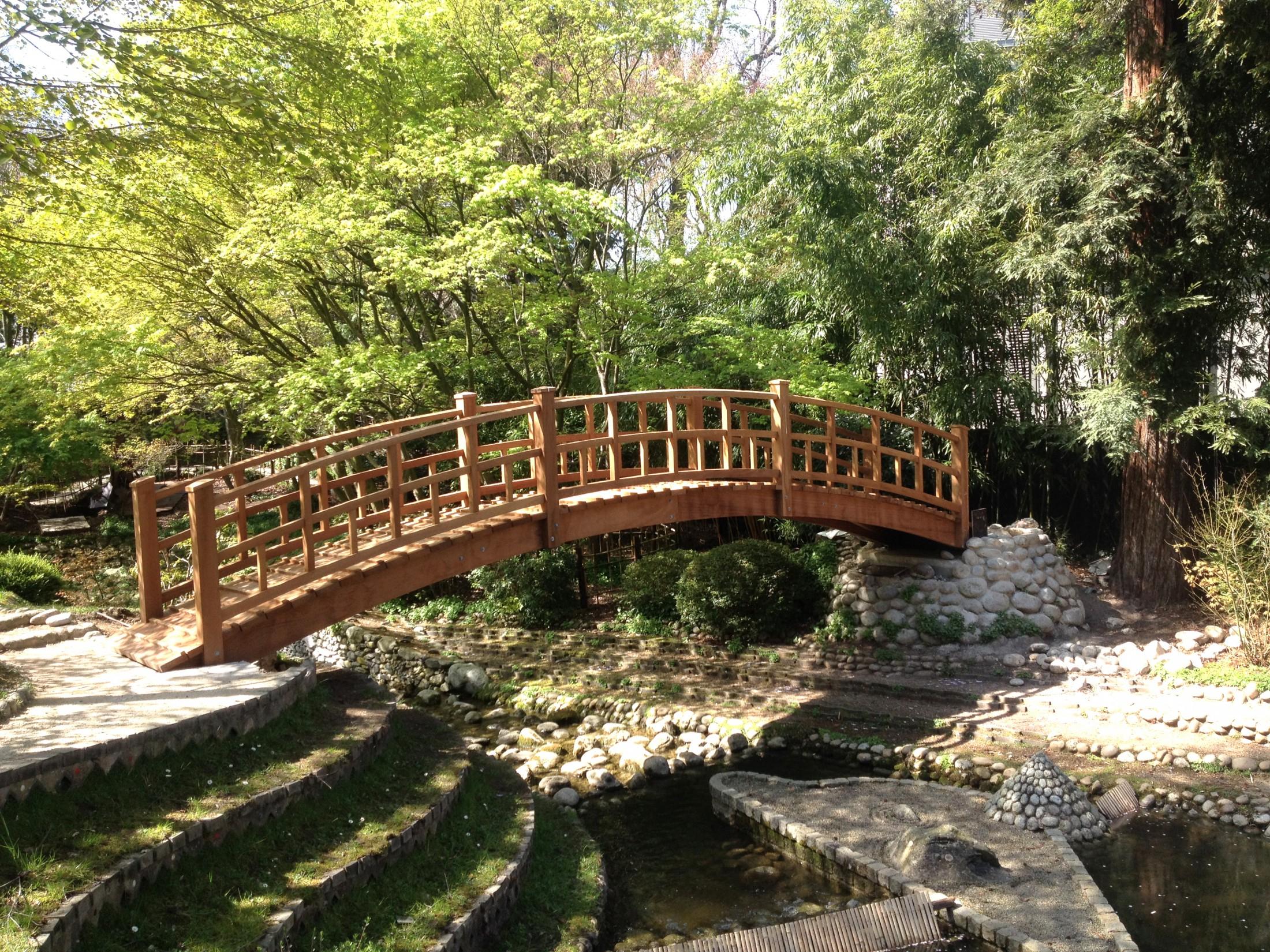 Ouvrage D'art Bois Extérieur Structure Sur Mesure | Sle pour Pont En Bois Pour Jardin