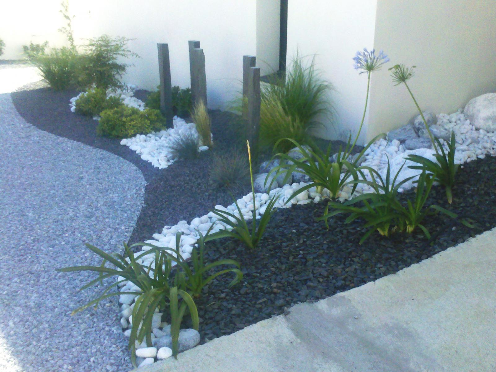 Paillage / Minéraux - Vert Parc, Créateur De Jardins ... pour Jardin Avec Galets Blancs