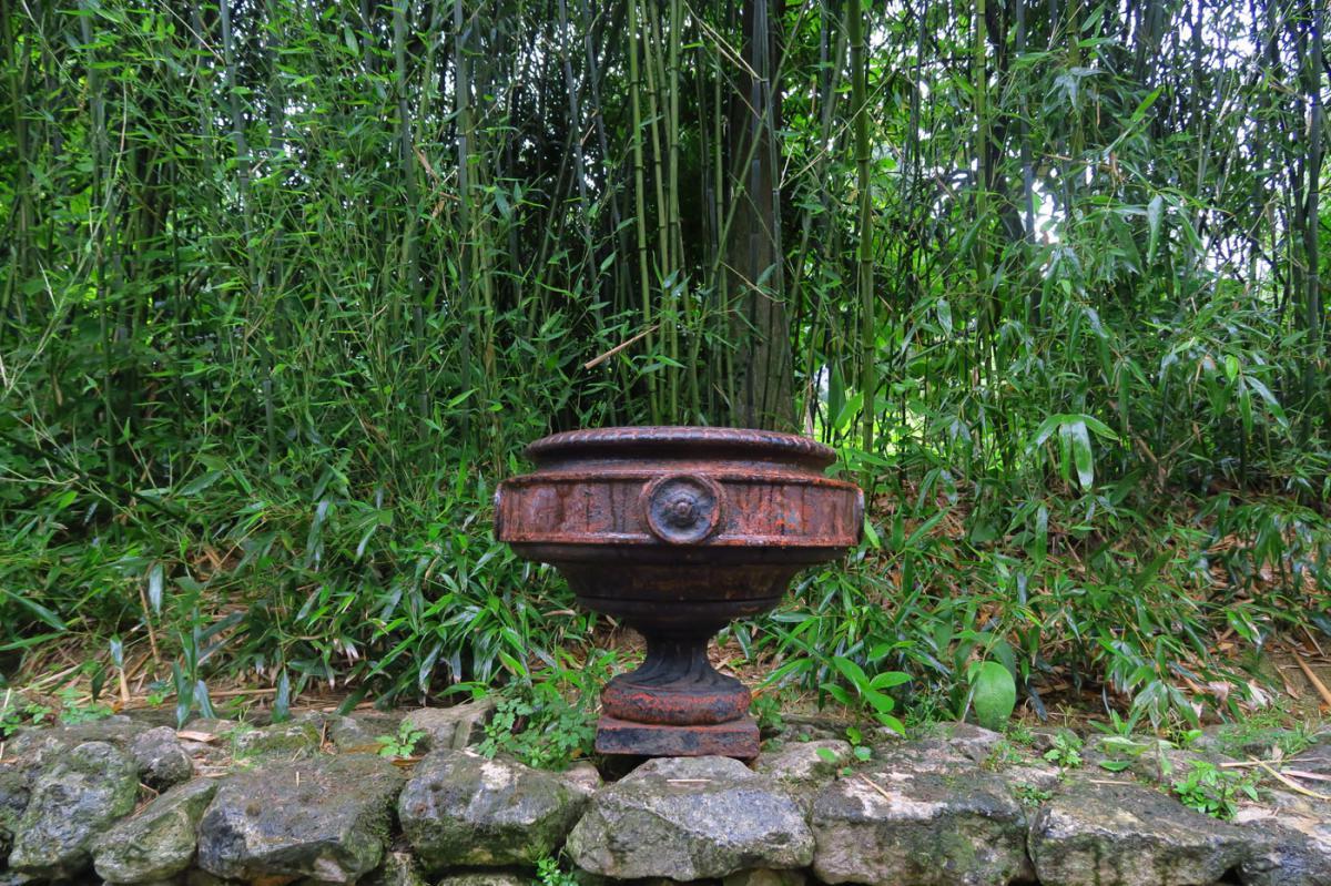 Paire De Vases En Fonte Xixe - Antiquités Du Jardin, Fontaines dedans Fontaine De Jardin En Fonte