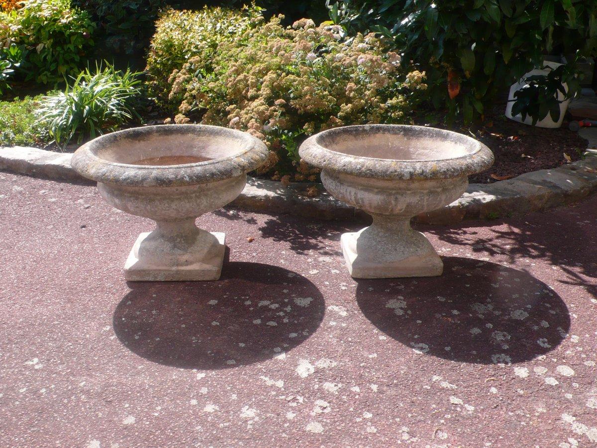 Paire De Vasques En Pierre Reconstituée. - Antiquités Du ... encequiconcerne Vasque Jardin Pierre
