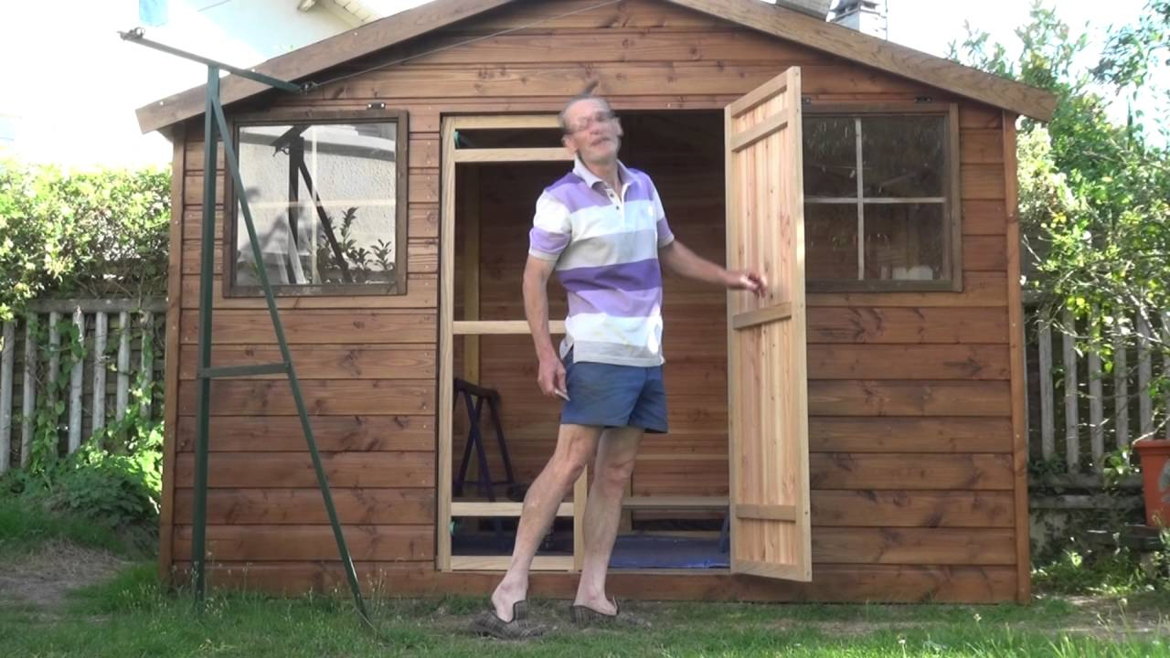 Par Philordi Reffection De Mon 1Er Abris De Jardin Les Portes Après La Pose  Du Parement dedans Construire Une Cabane De Jardin