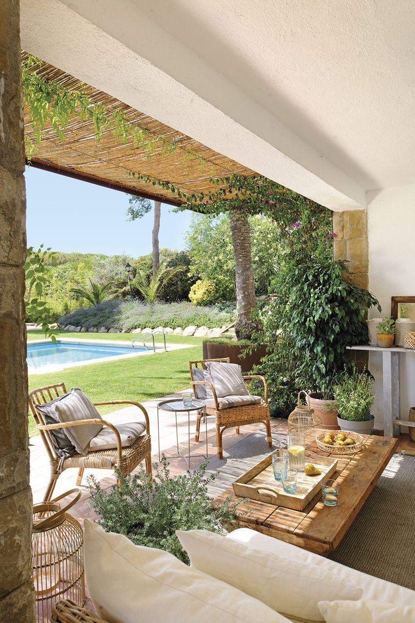 Pembe Yastık / Ev Dekorasyonu Blogu Ve Dekorasyon Önerileri ... pour Table De Jardin Chez Casa