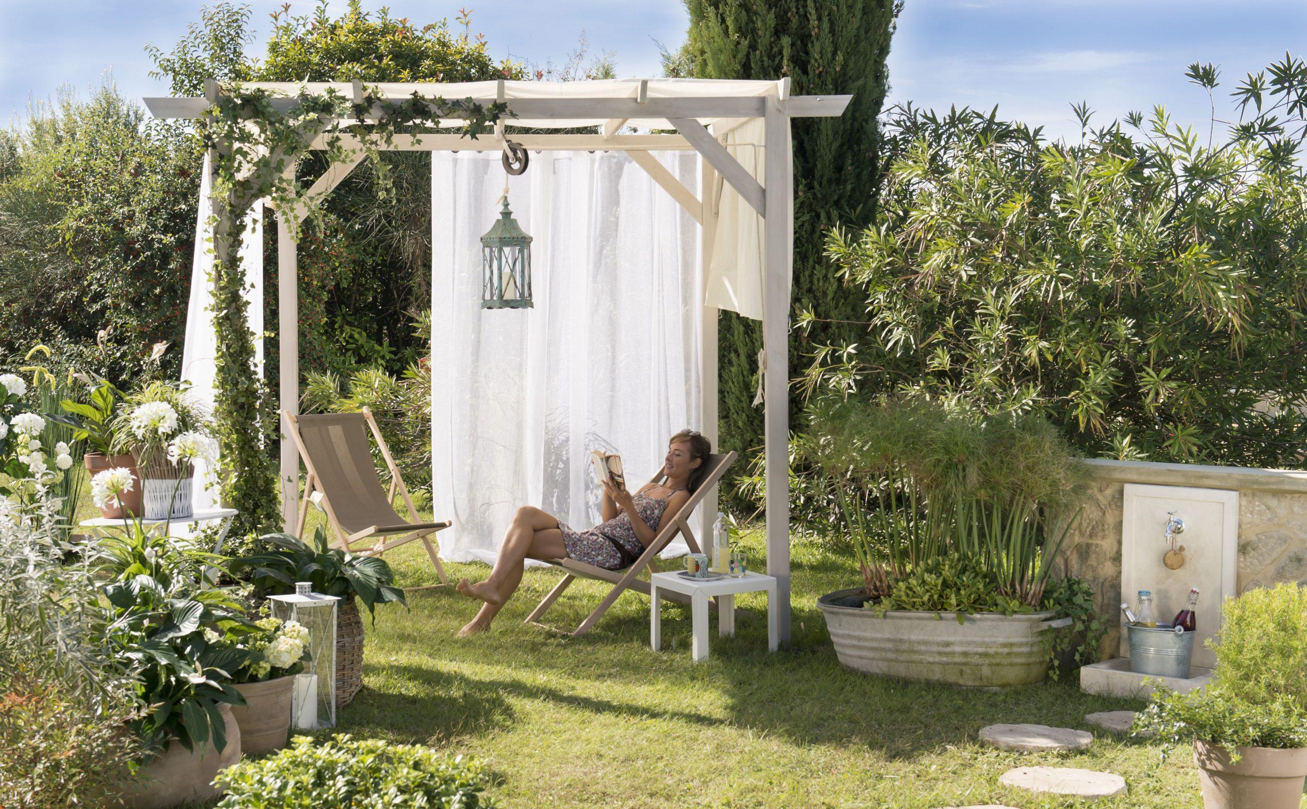 Petit Coin Cocoon Au Milieu Du Jardin. #jardin #pergola ... avec Salon De Jardin Pierre Reconstituée