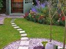 Petit Jardin : 8 Aménagements Repérés Sur Pinterest | Petits ... serapportantà Salon De Jardin En Pierre
