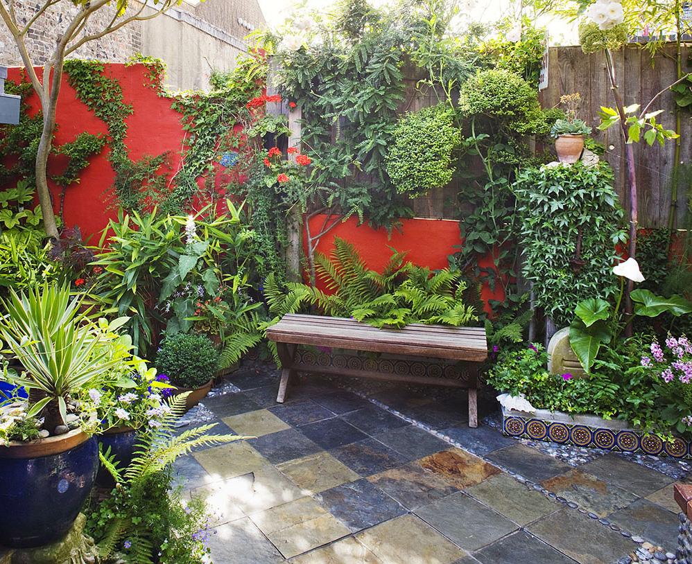 Petit Jardin ▷ Le Guide D'aménagement 2020 [10 Idées ... encequiconcerne Exemple D Aménagement De Jardin