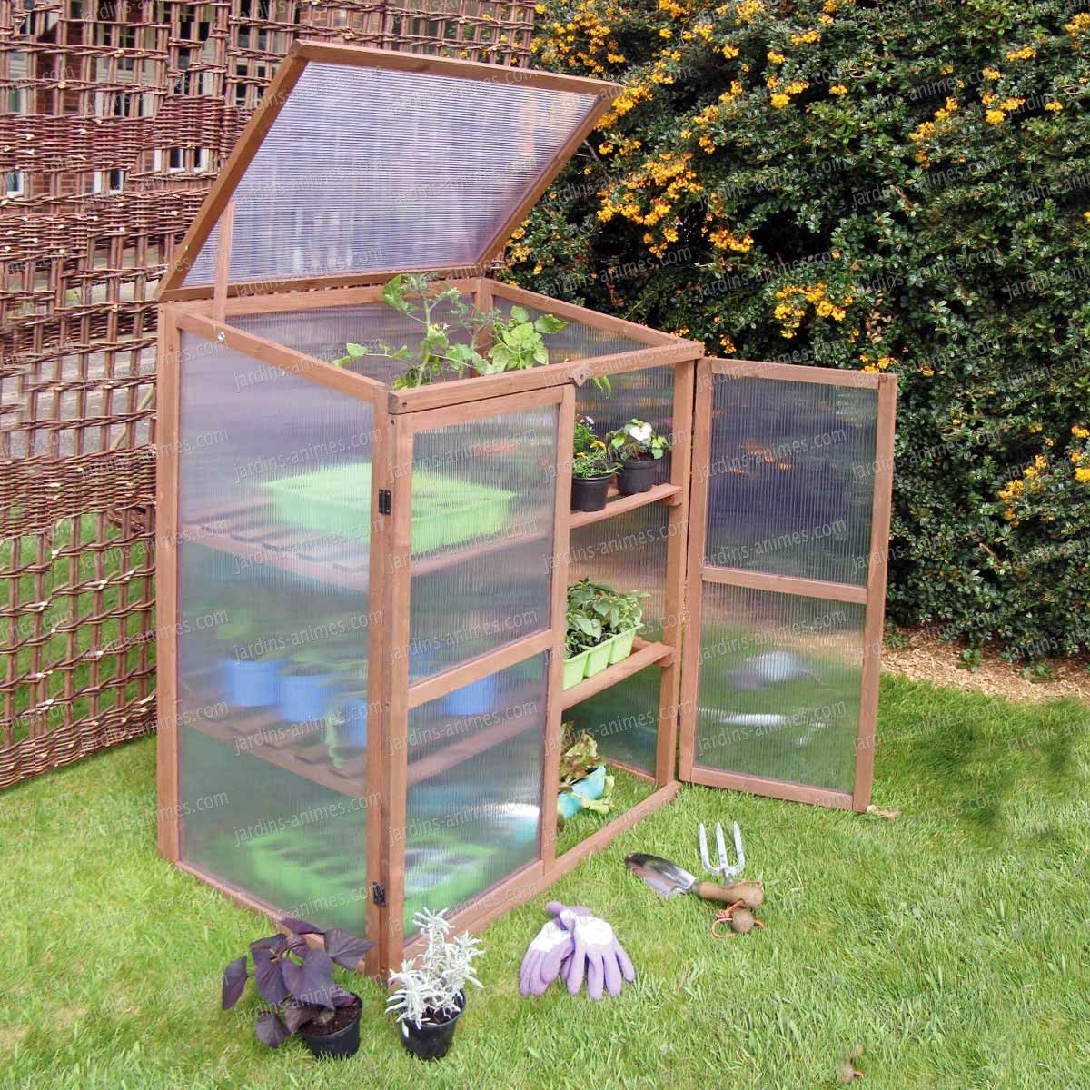Petite Serre De Balcon Terrasse En Bois | Jardinage | Serre ... à Fabriquer Serre De Jardin Polycarbonate