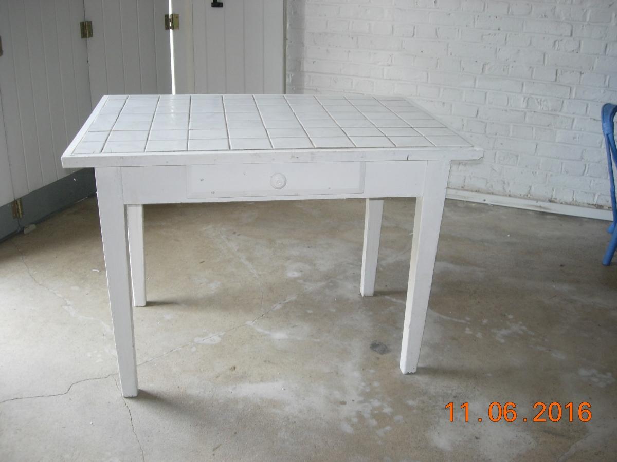 Petite Table Carrelée Blanche avec Table Carrelee Jardin