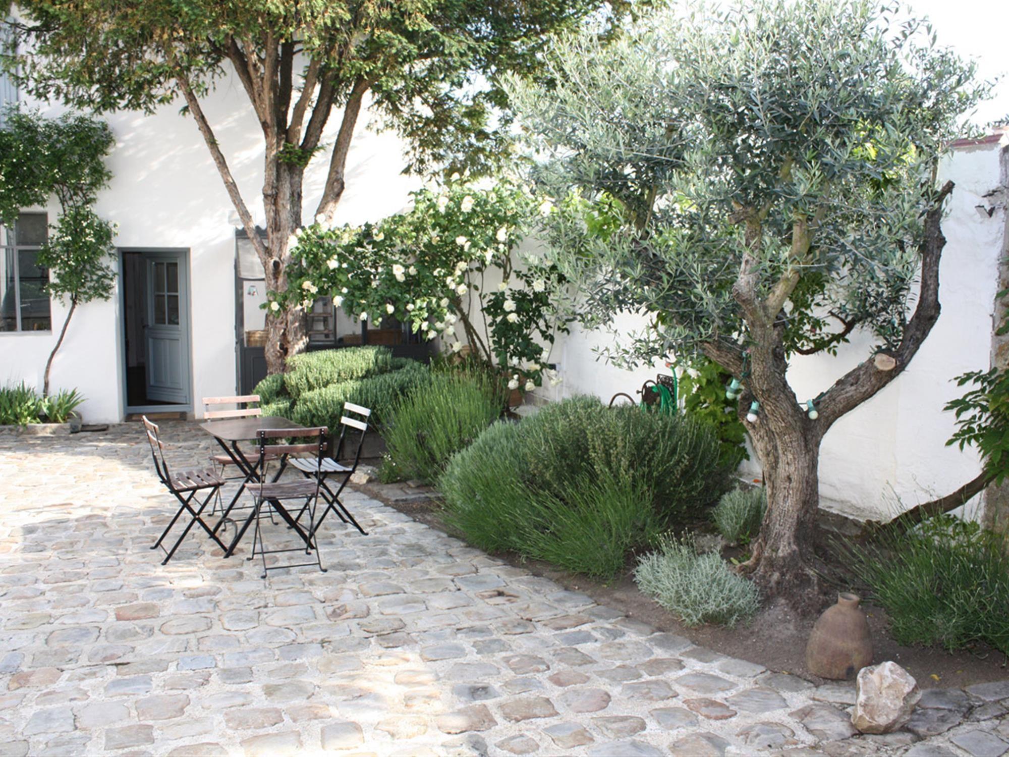 Photo-635525933210739994-1.jpg (2000×1500)   Terrasse Jardin concernant Amenagement Jardin Exterieur Mediterraneen
