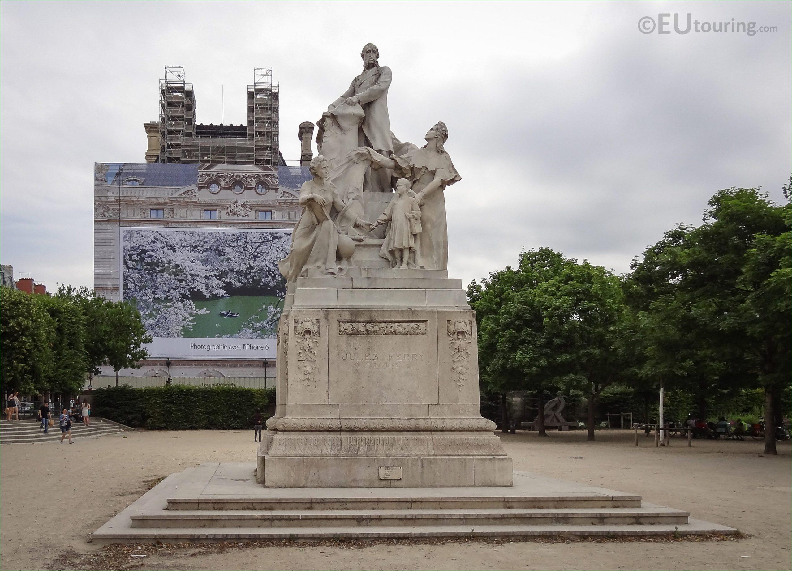 Photos Of Jules Ferry Monument In Jardin Des Tuileries ... destiné Statue De Jardin D Occasion