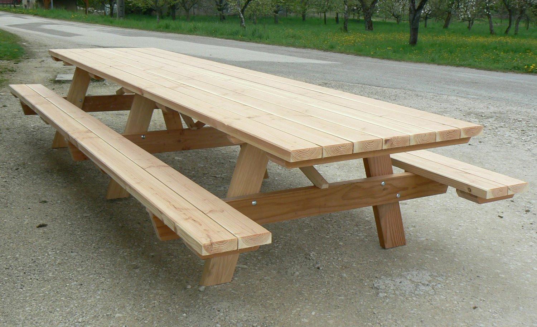Plan Pour Fabriquer Une Table De Jardin En Bois À Exterieur ... avec Plan Pour Fabriquer Une Table De Jardin En Bois