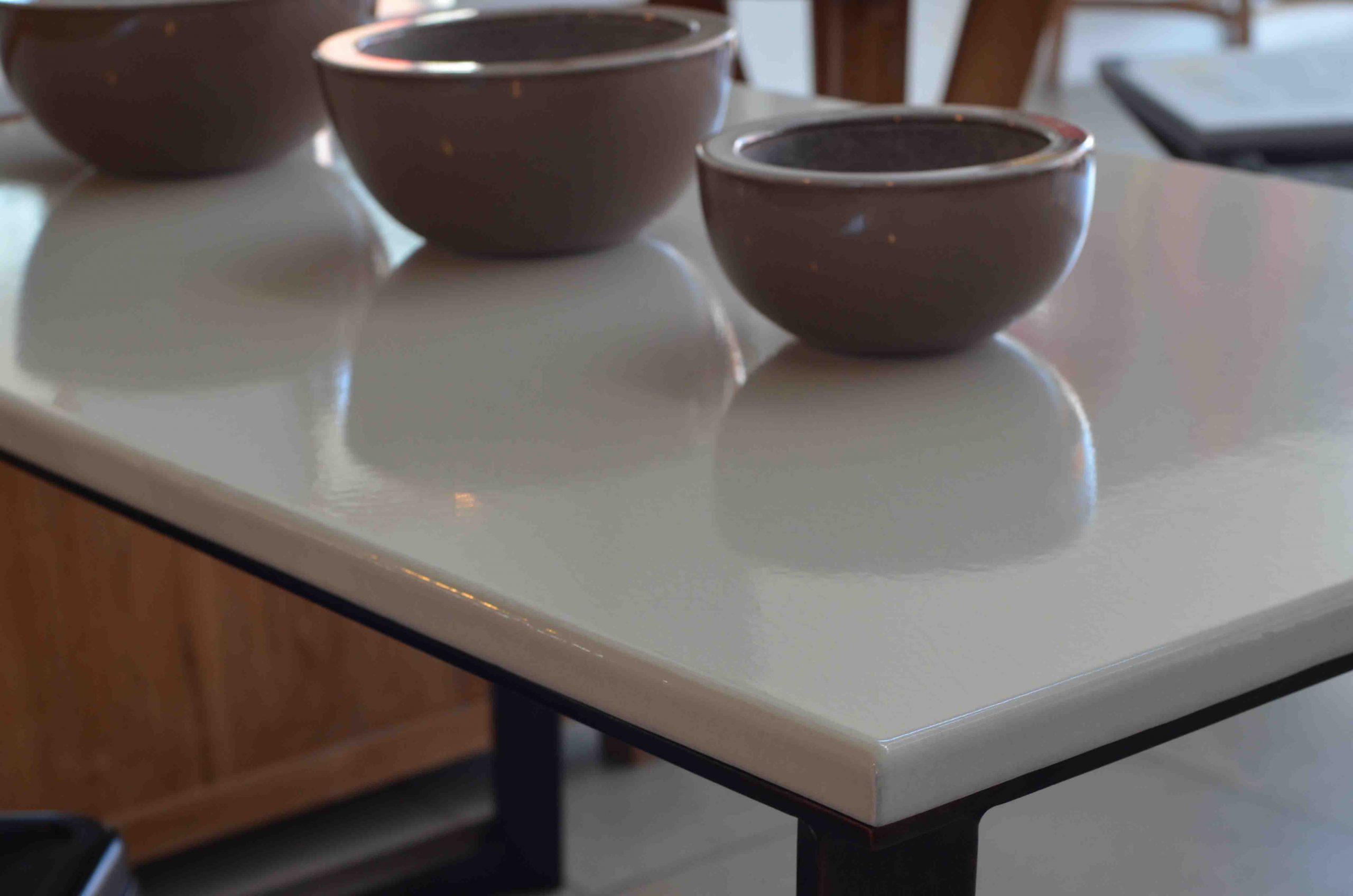 Plateaux De Tables En Pierre De Lave Émaillée avec Table De Jardin En Pierre De Lave