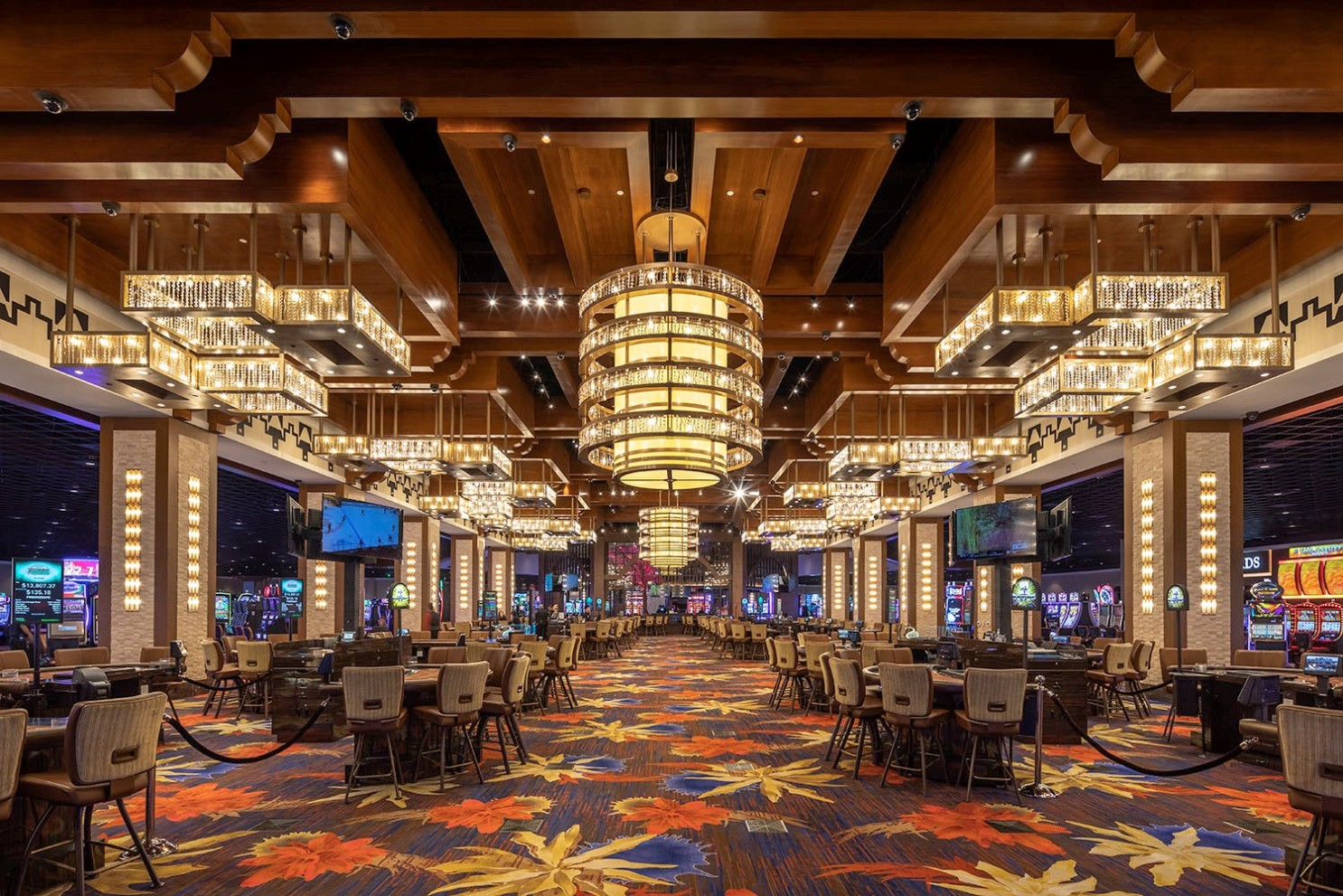 Playing Around: Here's What's New In Las Vegas And At Socal ... encequiconcerne Salon De Jardin Casino