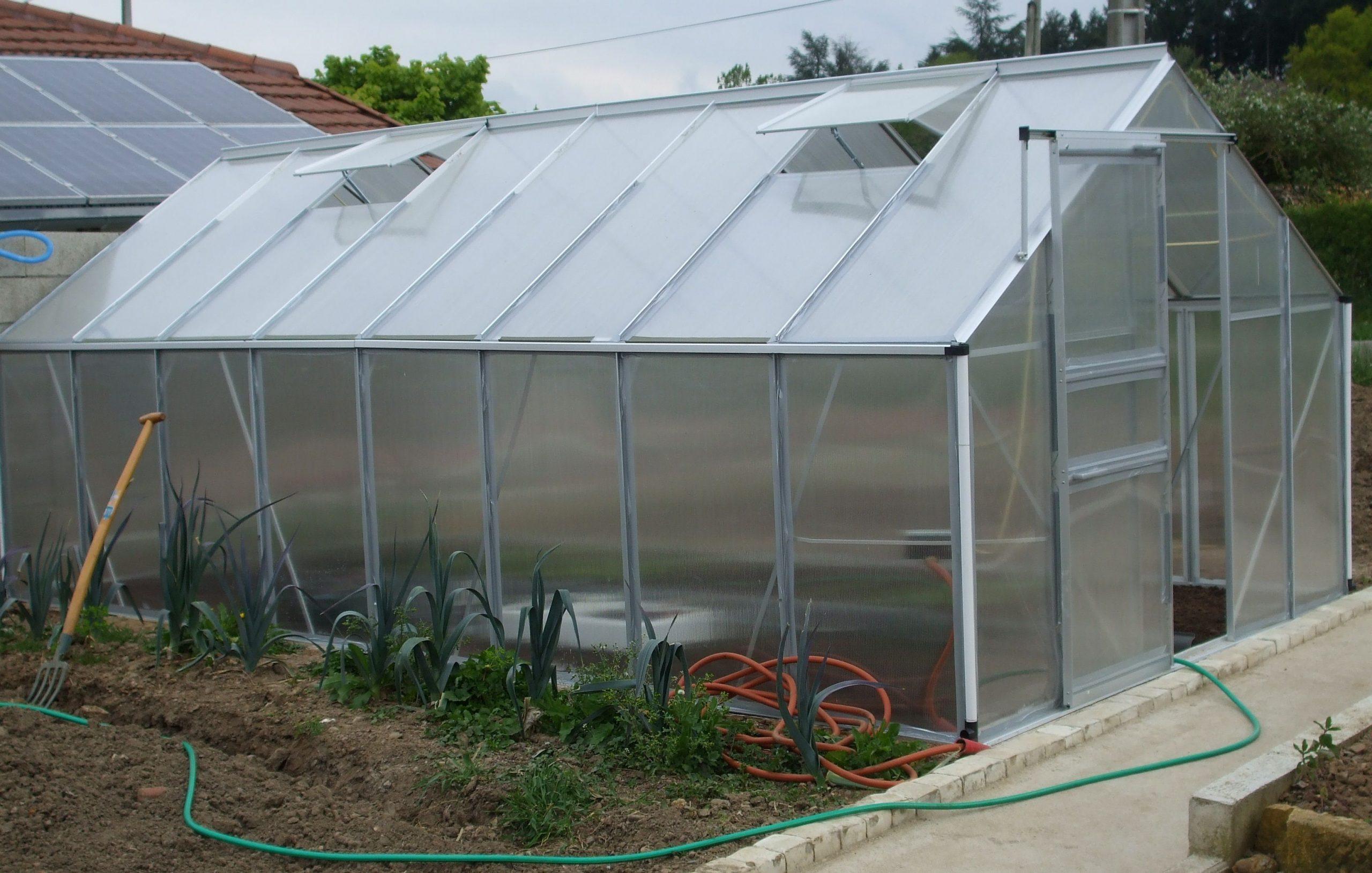 Pour La Protection De Vos Cultures, Misez Sur La #serre De ... dedans Fabriquer Serre De Jardin Polycarbonate