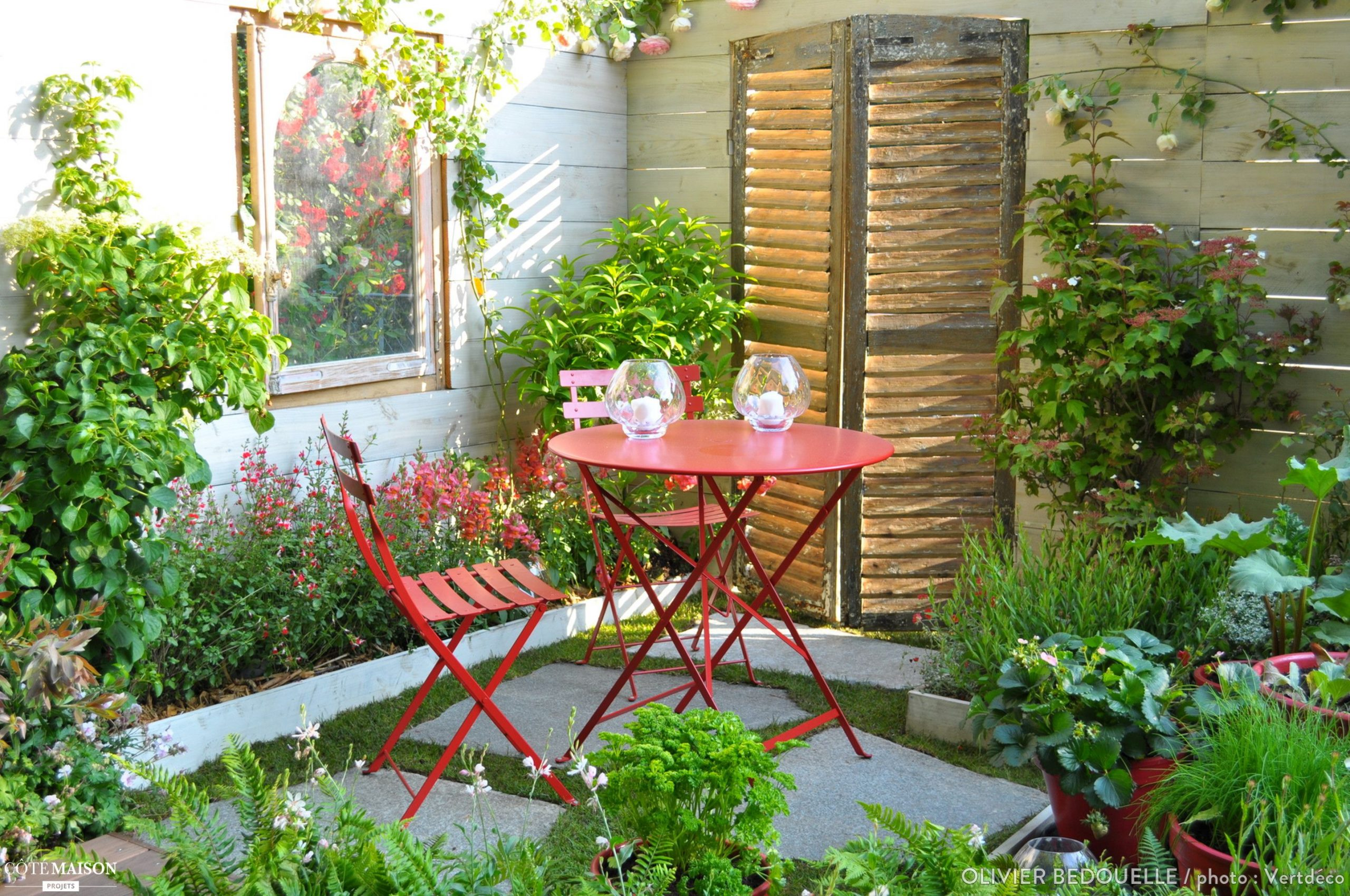 Projet : Aménagement D'un Petit Jardin À L'occasion Du Salon ... encequiconcerne Maisonnette Jardin Occasion