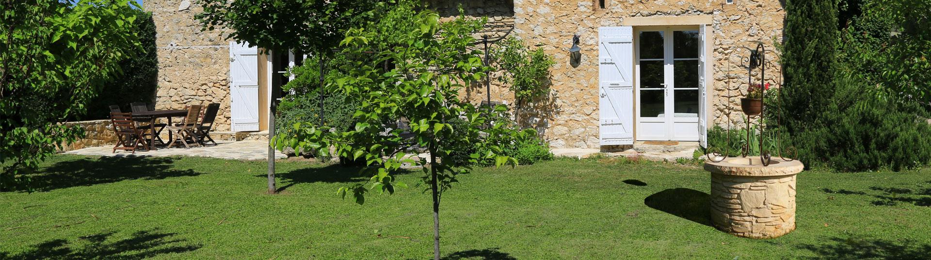 Puits En Pierre Reconstituée, Puits Décoratif Pour Jardin En ... dedans Puit Decoratif Jardin