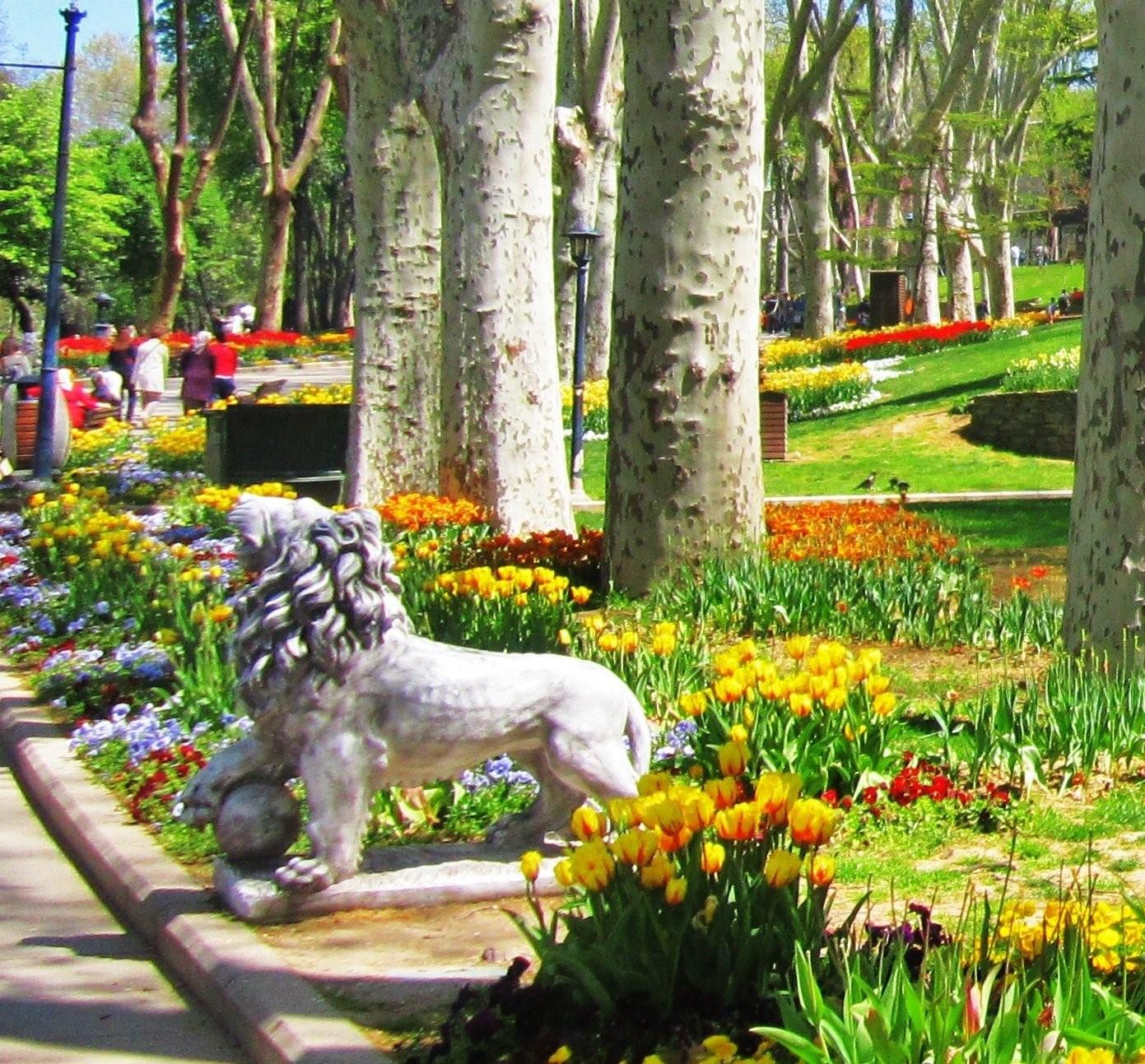Quel Est Le Plus Beau Parc D'istanbul? Comment Peux-Je Y ... encequiconcerne Statues De Jardin Occasion