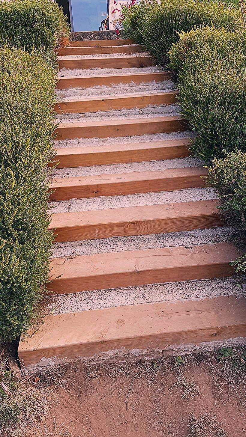 Rénover Un Escalier Extérieur En Traverses De Chemin De Fer ... tout Traverses De Chemin De Fer Pour Jardin