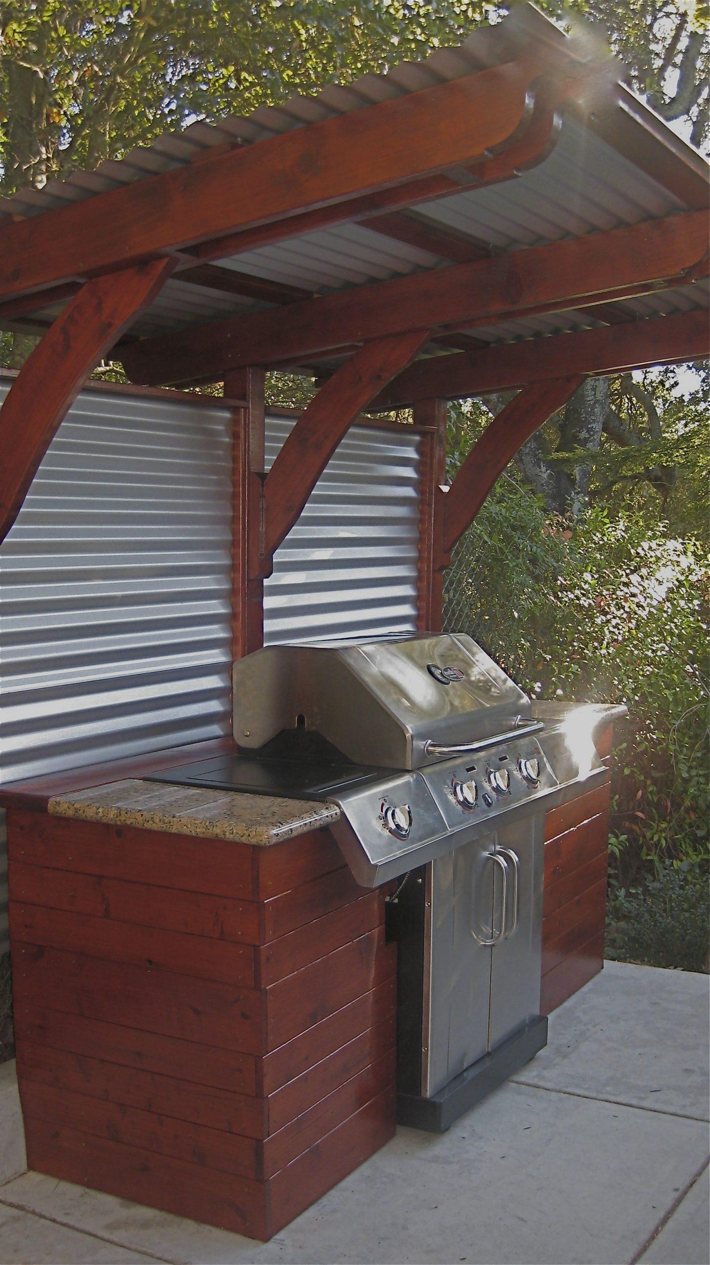Restoration Wood Panels And Corrugated Metal Siding, For ... encequiconcerne Meuble Jardin Metal
