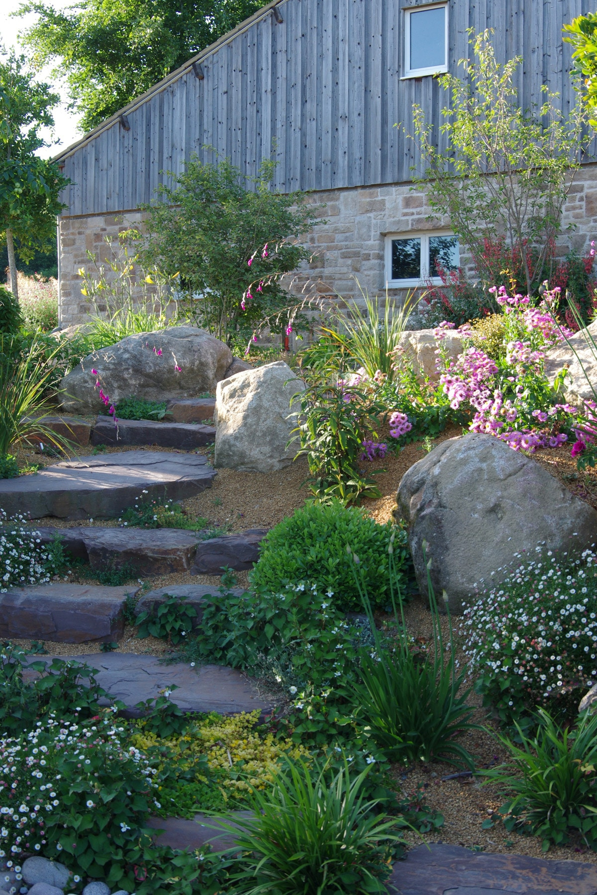 Rocaille De Jardin - Plante De Rocaille | Paysages Conseil avec Exemple D Aménagement De Jardin