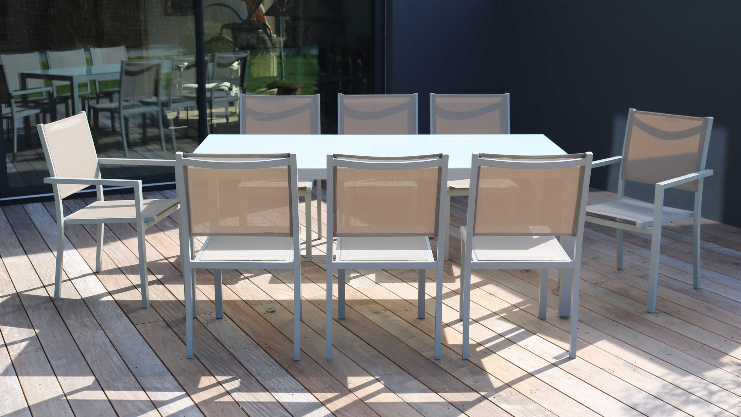 Salon De Jardin Aluminium Table De Jardin 8 Places encequiconcerne Salon De Jardin Aluminium Et Verre