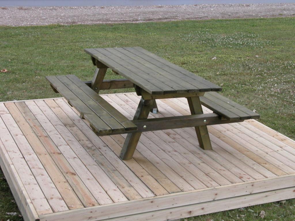 Salon De Jardin, Banc, Table Pique-Nique En Bois - Rustyle intérieur Table De Jardin En Bois Avec Banc Integre