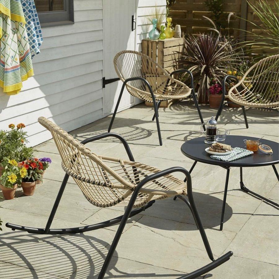 Salon De Jardin Bas Pas Cher : 10 Modèles Sympa   Table ... concernant Salon De Jardin En Métal Pas Cher