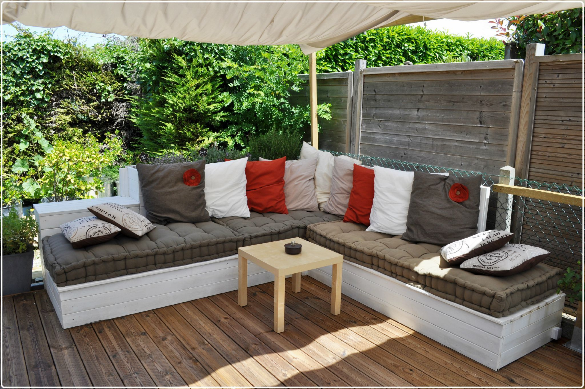 Salon De Jardin, Canapé D'angle Extérieur En Bois   Coin ... dedans Canapé D Angle De Jardin