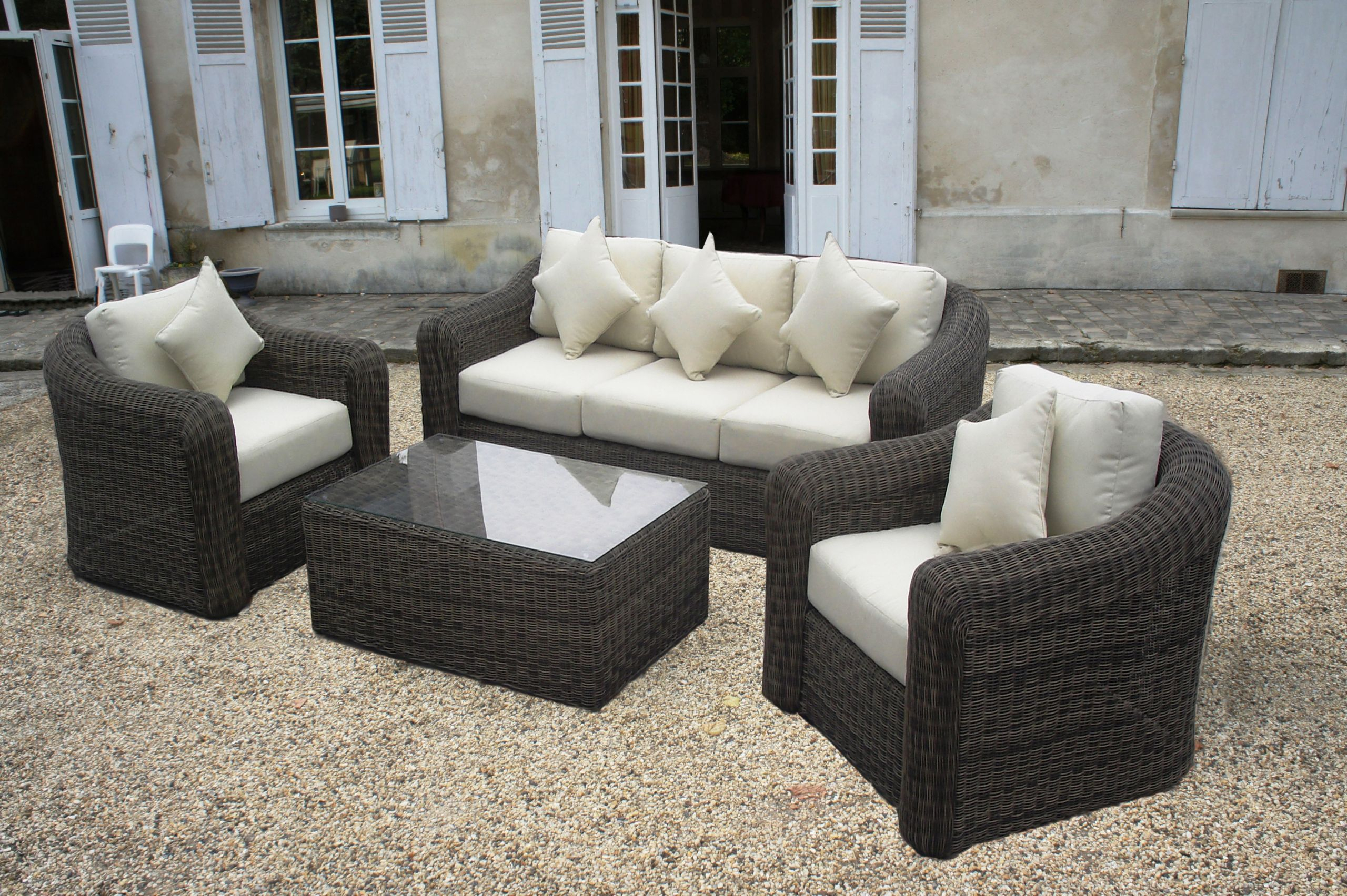 Salon De Jardin Design En Solde Concept - Idees Conception ... encequiconcerne Soldes Salon De Jardin Leclerc