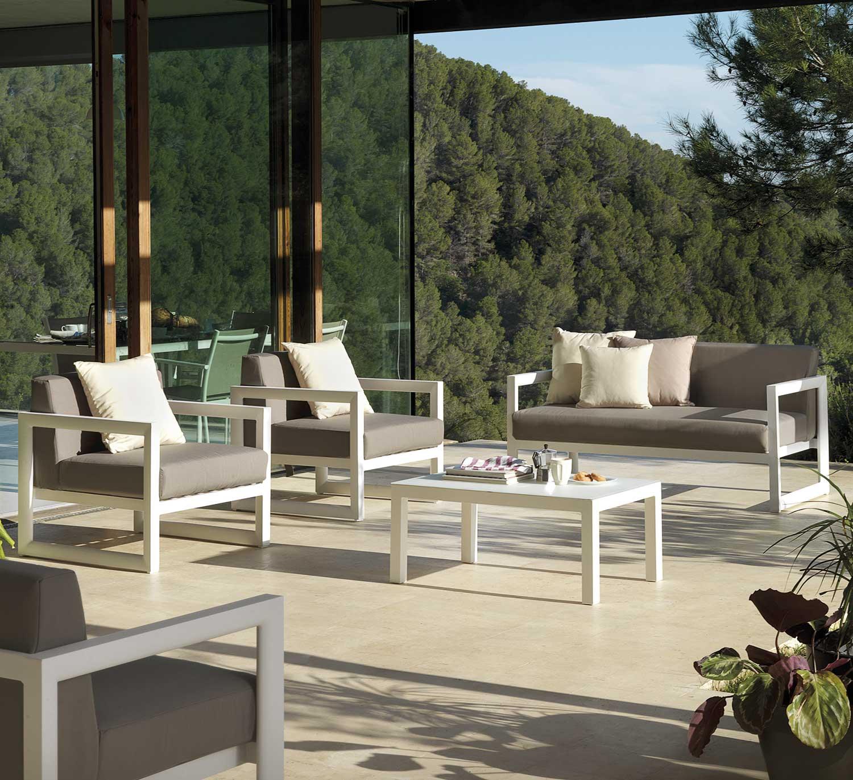 Salon De Jardin En Aluminium Salon De Jardin En Aluminium ... tout Salon De Jardin Aluminium Blanc