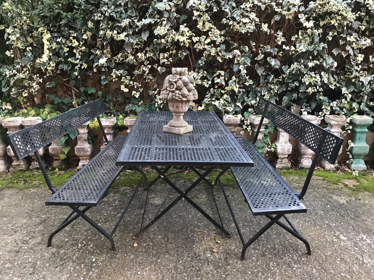 Salon De Jardin En Fer Forgé Noir - Antiquités Du Jardin ... destiné Salon De Jardin En Fer Forgé