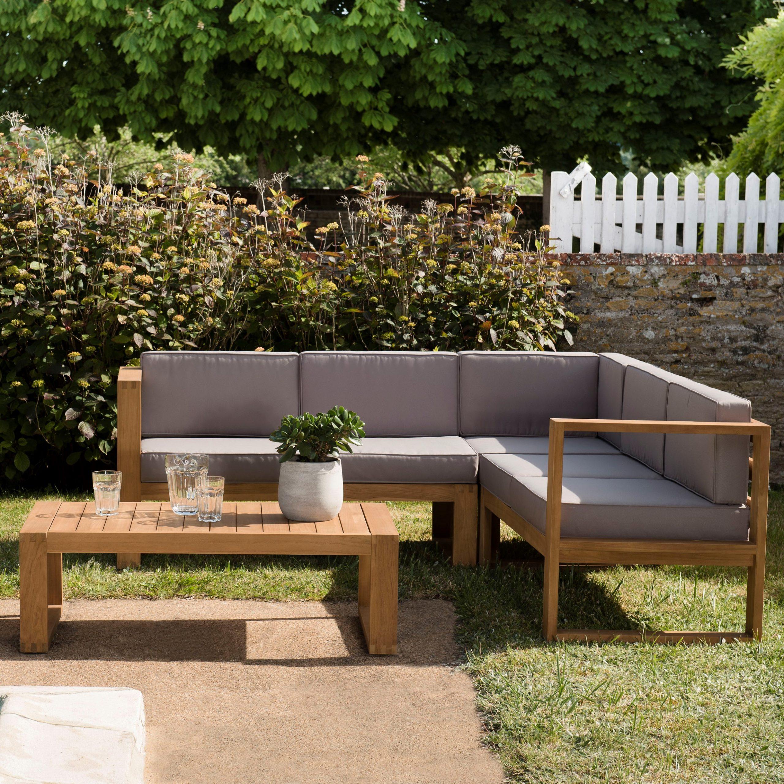 Salon De Jardin En Teck Summer (1 Canapé D'angle 5 Places, 1 Table Basse) avec Canapé D Angle De Jardin