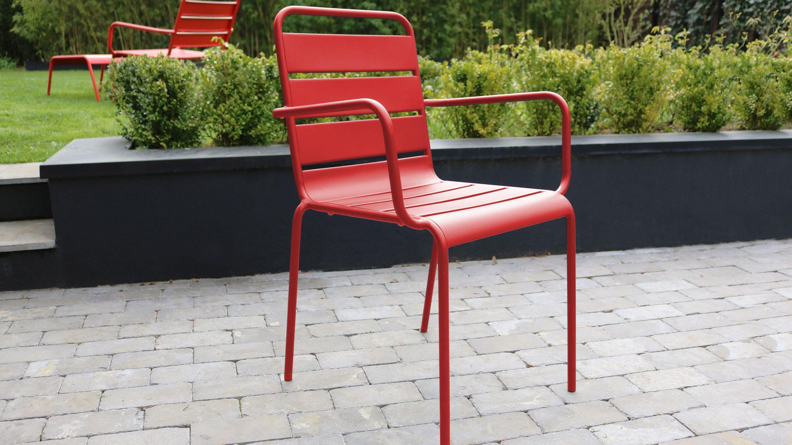 Salon De Jardin Metal Table Et Fauteuils concernant Salon De Jardin Rouge