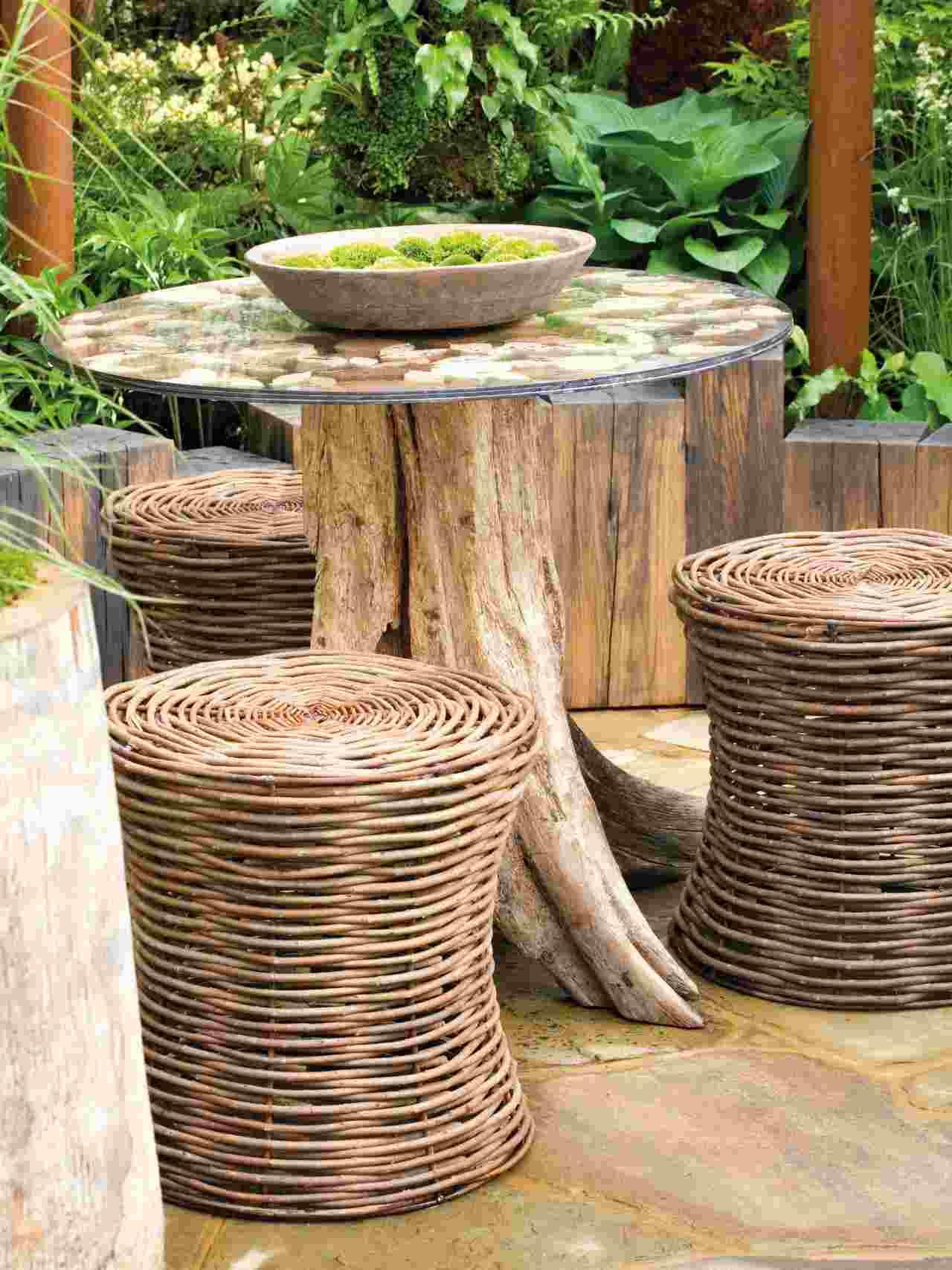 Salon De Jardin Pas Cher : 40 Super Idées Pour Votre Espace ... destiné Table De Jardin En Bois Pas Cher