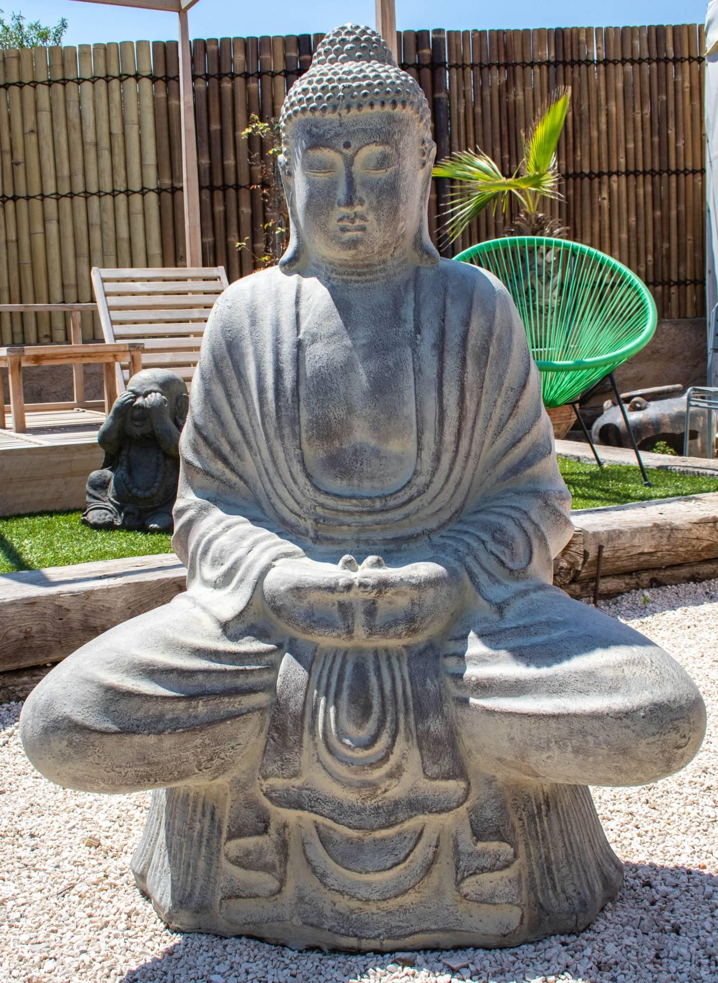 Salon De Jardin Pas Cher Bormes Les Mimosas Var Paca ... encequiconcerne Statue De Jardin Pas Cher