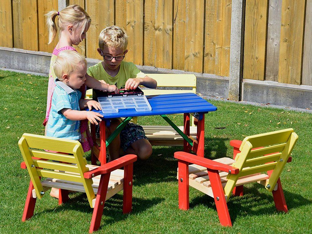 Salon De Jardin Pour Enfants : Du Mobilier Comme Les Grands ... avec Table Jardin Bois Enfant