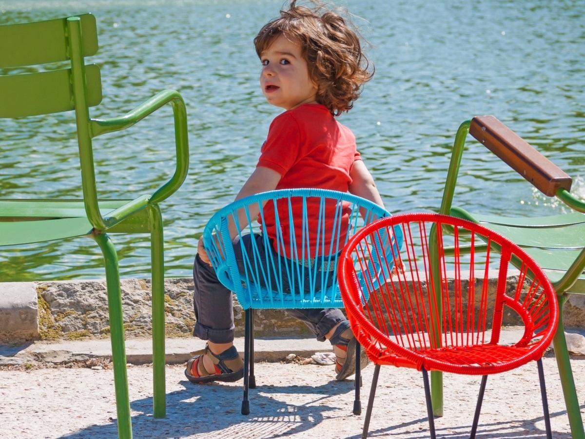 Salon De Jardin Pour Enfants : Du Mobilier Comme Les Grands ... tout Fauteuil De Jardin Enfant
