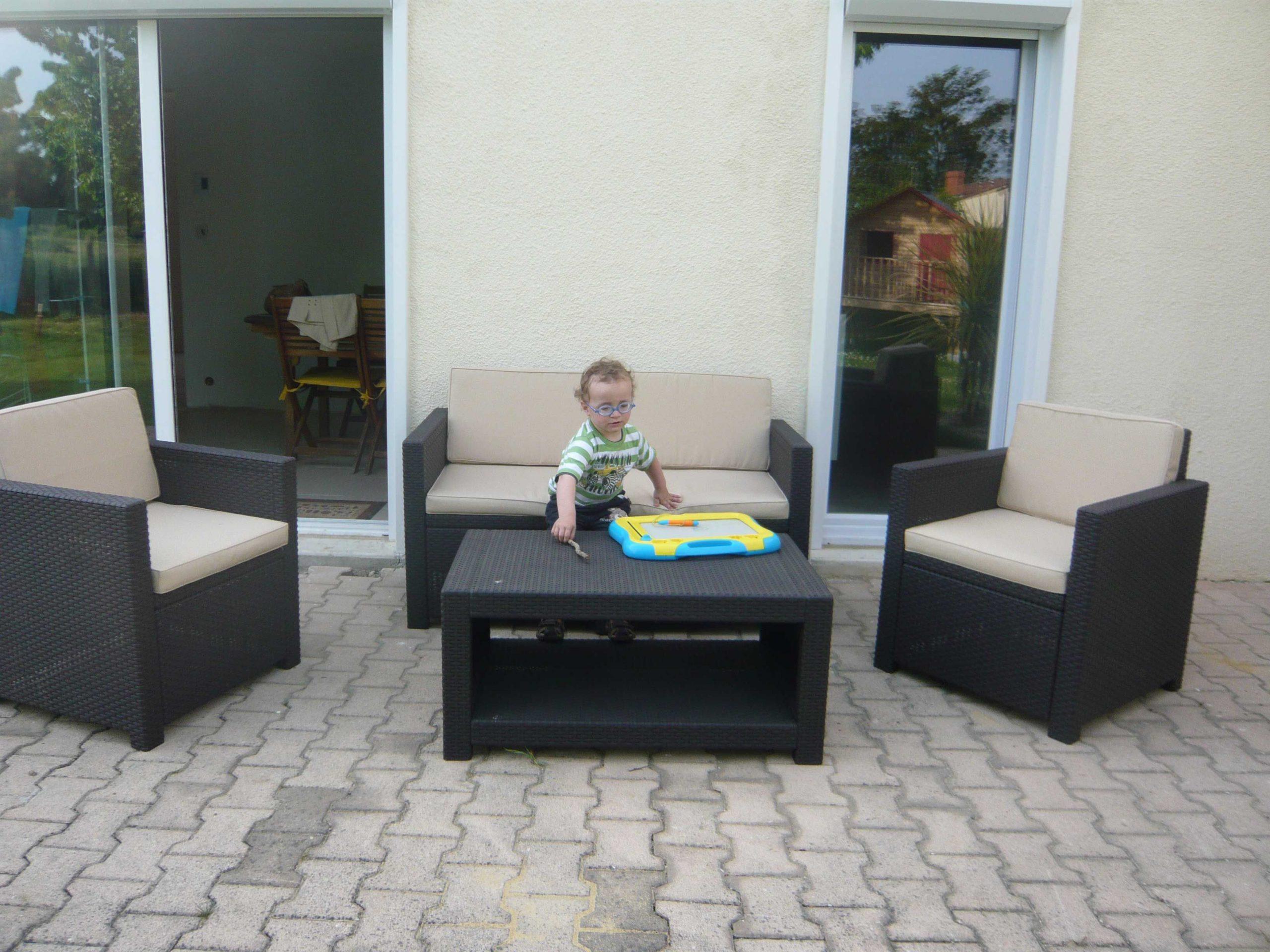 Salon Jardin Maurice Moins Ou Bambou En Cher Ile Doccasion ... avec Table De Jardin Design Pas Cher