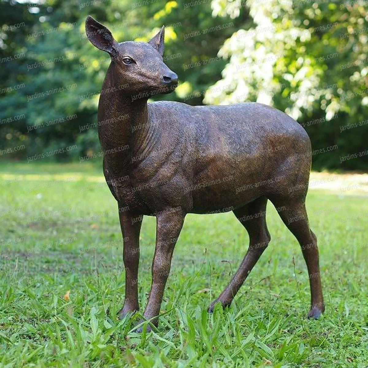 Sculpture Biche En Bronze - Statue Animaux De Jardin H.92Cm serapportantà Jardins Animés Sculpture