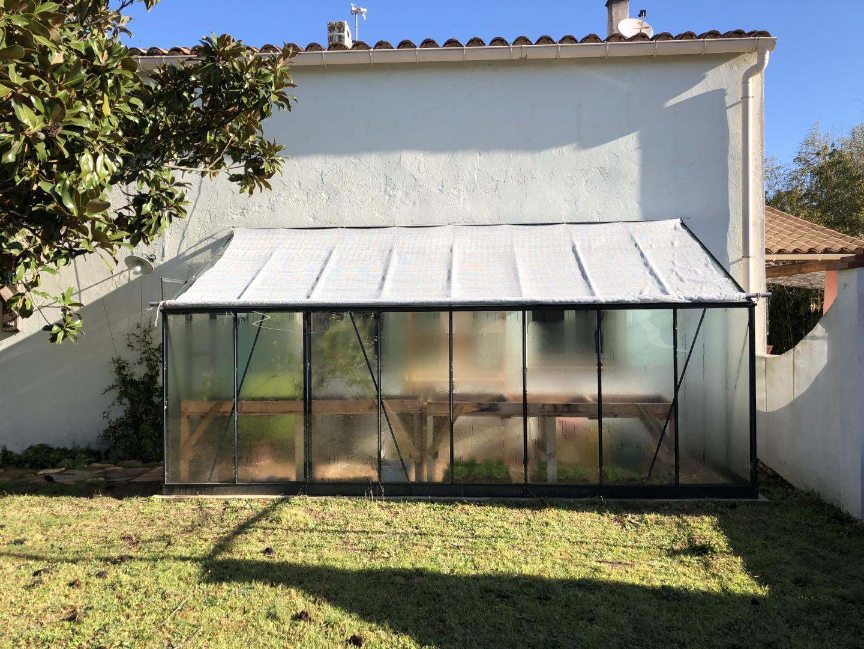 Serre De Jardin Adossée En Aluminium Laqué Gris Et Verre Trempé 9,61M² +  Embase serapportantà Serre De Jardin Adossée
