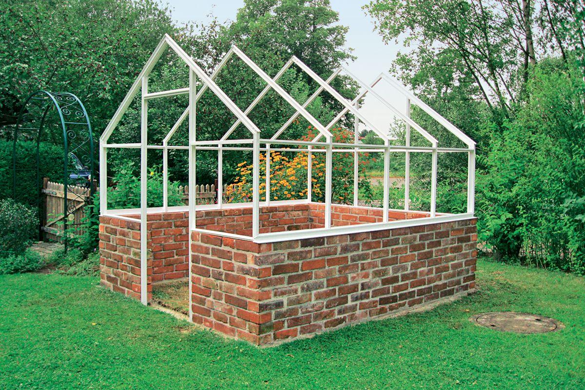 Serre De Jardin : Comment Fabriquer Une Serre De Jardin ... encequiconcerne Fabriquer Une Serre De Jardin Pas Cher