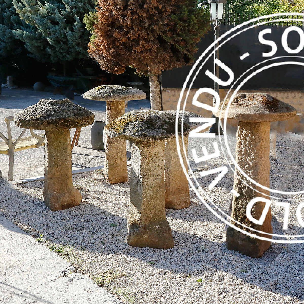Sold - Decorative Garden Mushrooms In Granite 18Th Century ... intérieur Objet Decoration Jardin