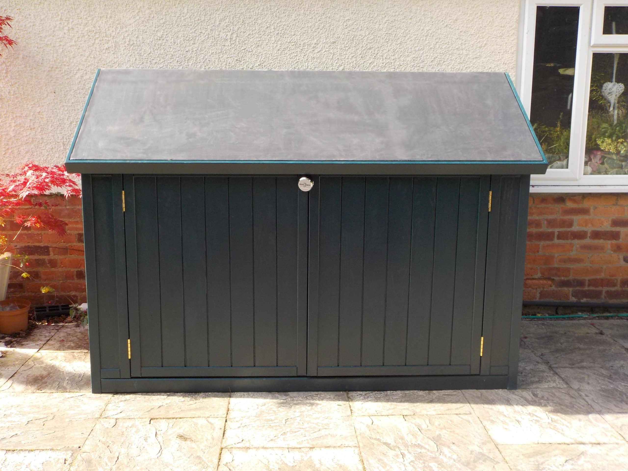 Solid And Secure Bike Sheds, Hand Made In Bristol For Uk And ... pour Trimetals Abri Jardin