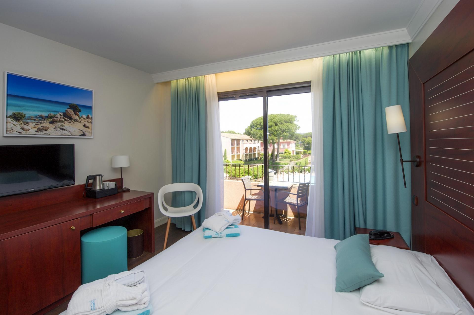 Stay At Hotel Les Jardins De Sainte-Maxime à Les Jardins De Ste Maxime