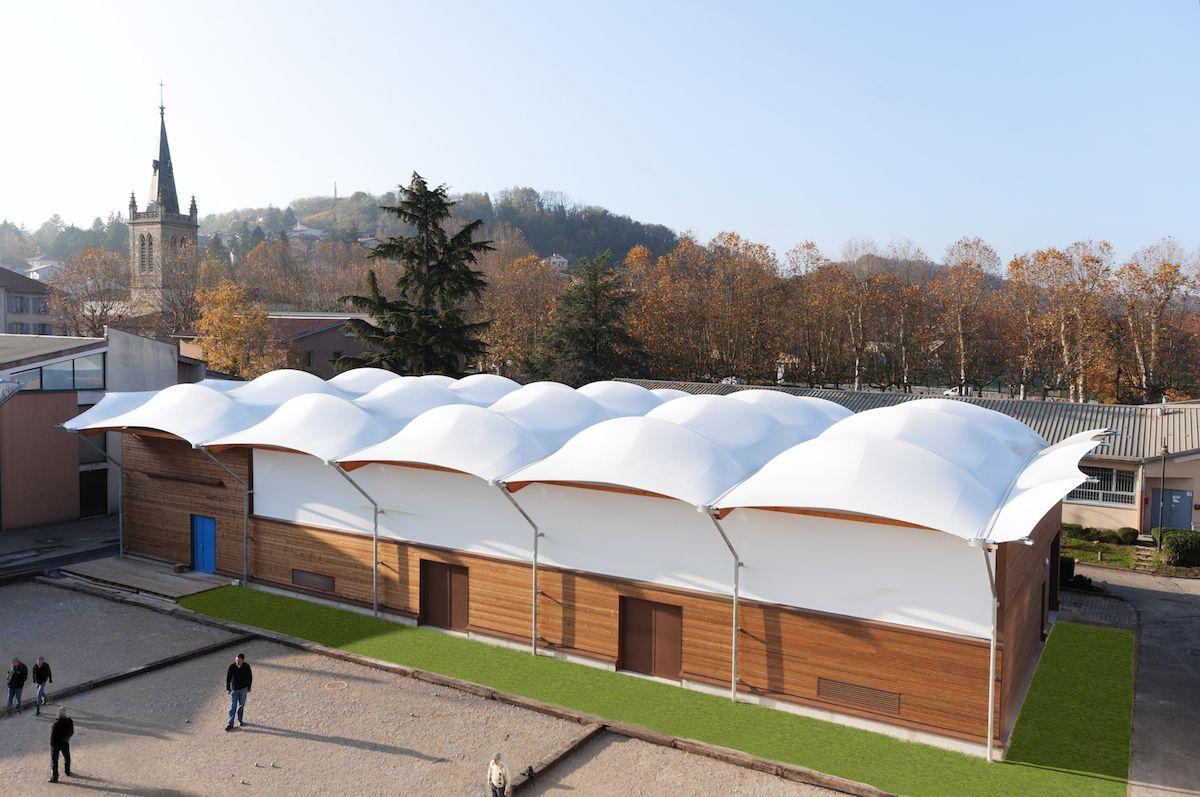 Structure En Toile Tendue #architecture #toile ... encequiconcerne Toile Tendue Jardin