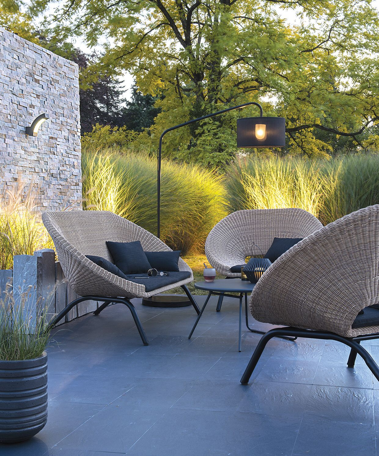 Stylish Modern Seating For The Garden ... tout Salon De Jardin Blooma
