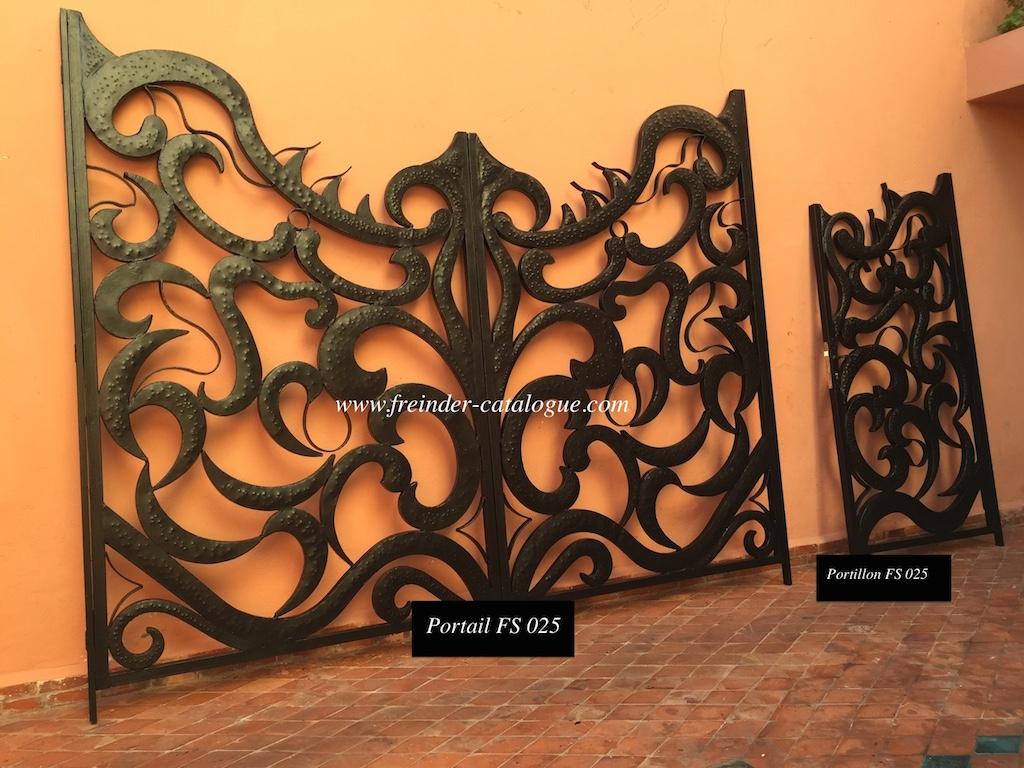 Table Basse Design En Fer Forgé Et Bois Massif, Table Jardin ... destiné Decoration De Jardin En Fer Forgé